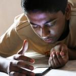 smartphone-teen